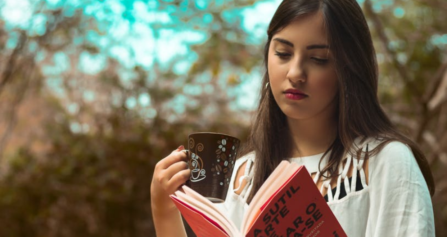 teenager with some Books to Read for Beginners